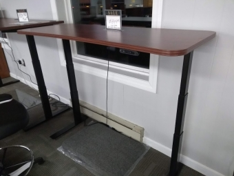 SIS BOKS ELECTRIC HEIGHT WORKSTATION 24 X 60