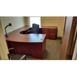 Executive U shaped desk with Wave corner
